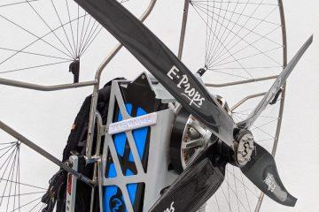 vue latérale arrière du paramoteur électrique skywalker paramotors