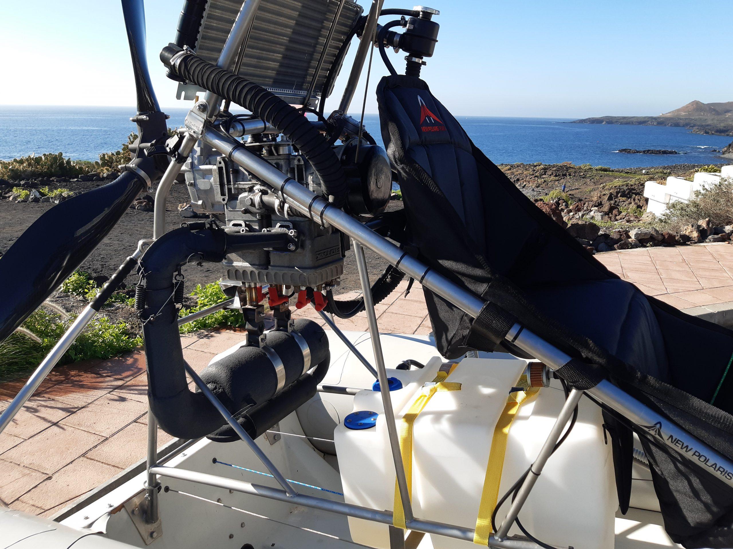 gros plan sur moteur rotax hydravion ulm